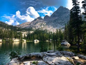 Read more about the article Backpacking the Alice-Toxaway Lakes Loop