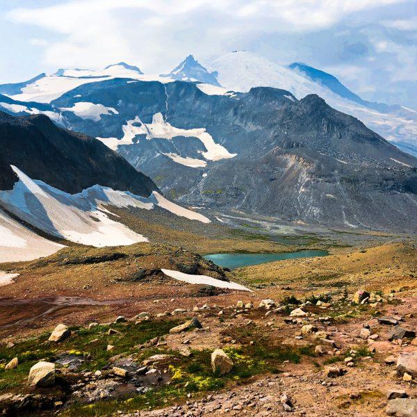 Mount Rainier Hiking Summerland Trail to Panhandle Gap